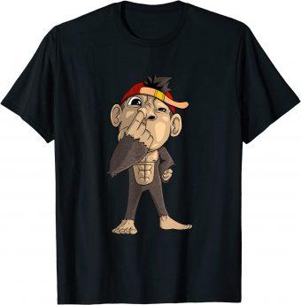 Süßer Affe bohrt in der Nase T-Shirt