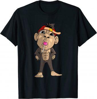 Süßer Affe hat einen Lutscher im Mund T-Shirt